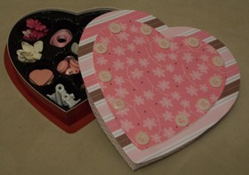 candy-box-with-valentines-paper-by-Shopping-Diva.jpg
