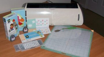 My Cricut Review: Cricut Expression vs Original Cricut Machine