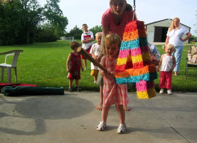 How To Make A Pinata: Paper Mache Pinata Tutorials + Tips + Videos