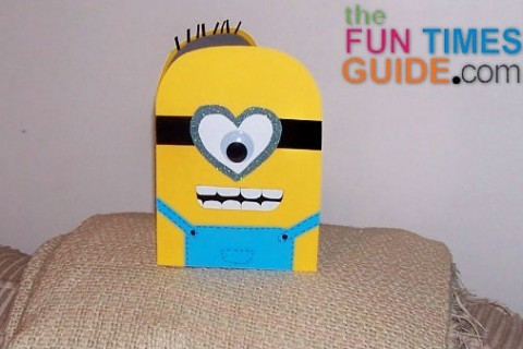 homemade-minion-card
