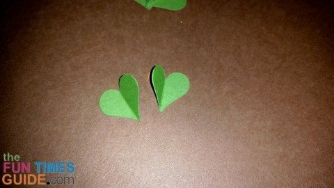 make-shamrock-clovers