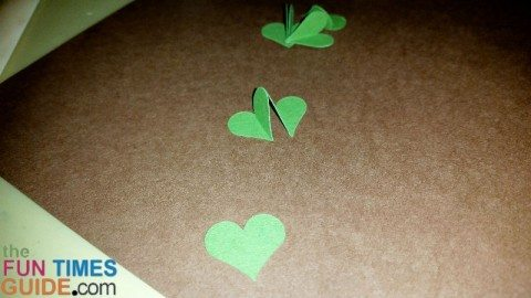 make-shamrock-hearts