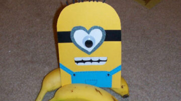 Homemade Minion Cards: Here's How To Make Minion Valentine Cards They'll Go Bananas For!