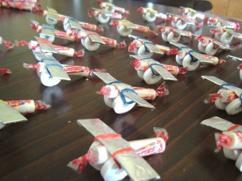 smarties-candy-airplanes