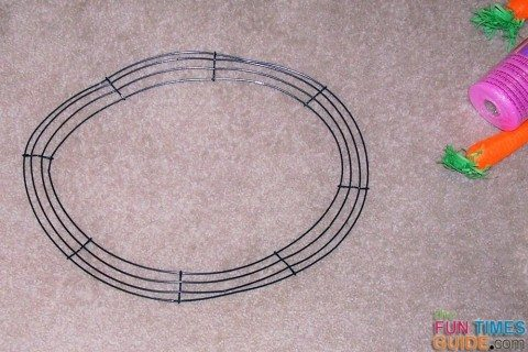 wire-wreath-frame